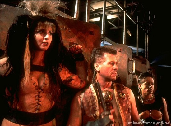 Ellen Dubin as Giggerota the Wicked with Barry Bostwick as Thodin