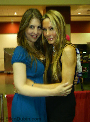 Ellen and Virginia Hey (Farscape)